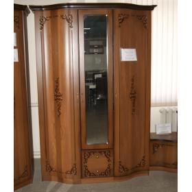 Шкаф 3-х дверный Сильвия