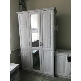 Шкаф 3-х дверный Виктория